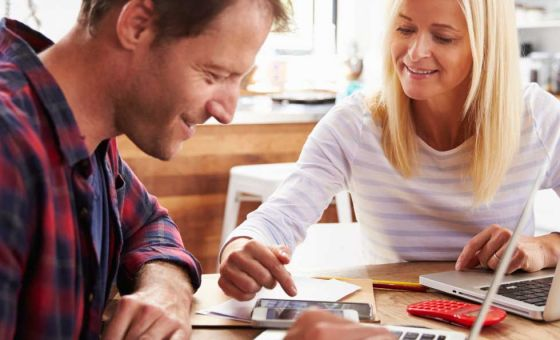Try a budget calculator to save money