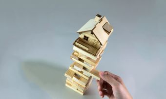 Property Market Crash: How & Why Does it Happen?