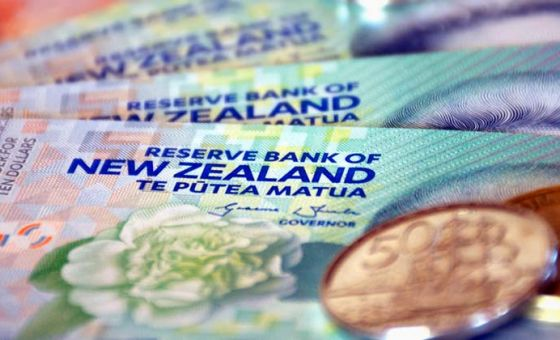 RBNZ follows RBA on cash rate cut