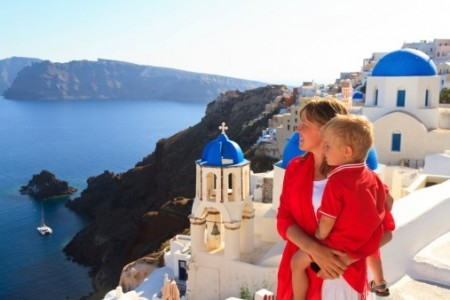 Travelling to Greece? Take several payment options