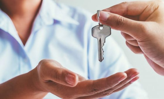 buying-house-with-tenants