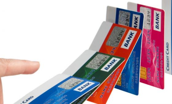 opinion-credit-cards-downward-spiral